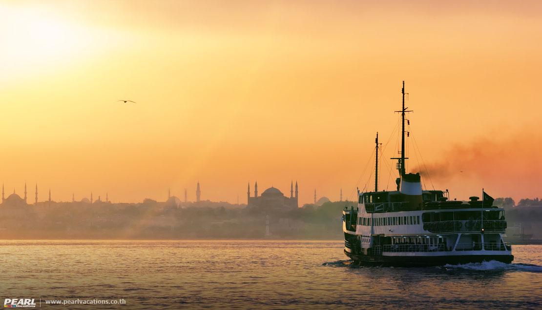 ล่องเรือช่องแคบบอสฟอรัส อีสตันบูล ตุรกี